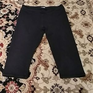 JUST IN📌 Girls size 10 Capri leggings justice